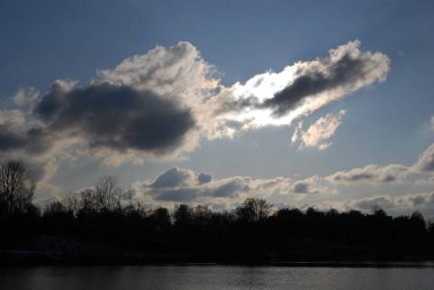 облака и тени
