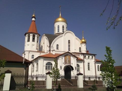 храм в Реутове