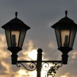 Два фонаря